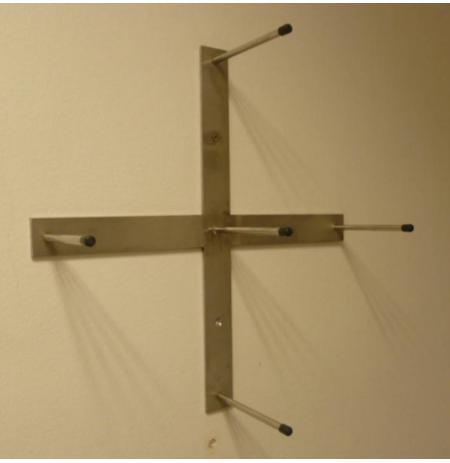 Nástěnný držák 8 -10 disků nerezový, kříž